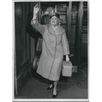 1960 Press Photo A coat style named Souffle on a fashion model - neb62868