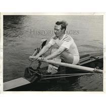 1941 Press Photo Bill Swager Ariel Club oarsman at SAn Diego sculling race