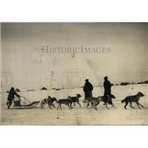 1927 Press Photo Emile St Goddard winsdog racing derby at Manitoba - nes45138