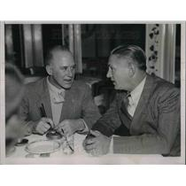 1937 Press Photo Dick Merrill and Capt. H.H. Kenyon Soviet Flyer at Cotton Club