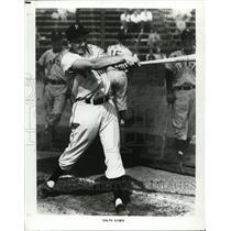 Press Photo Pirates baseball player Ralph Kiner at batting practice - nes45448