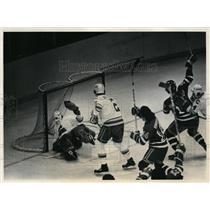 1980 Press Photo Rangers Don Maloney vs Colorado at hockey - nes45605