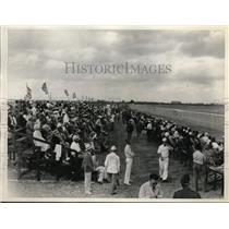 1935 Press Photo Miami All American Air manuevers ass a crowd watches