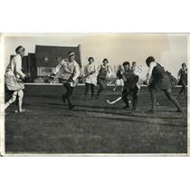 1931 Press Photo Scottish womens field hockey vs Stuyvesant Field team