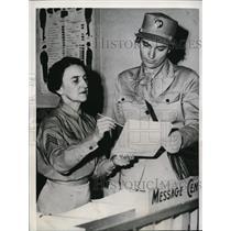 1942 Press Photo Auxillary Jeanie T York & Caroline Mennicke Des Moines Iowa