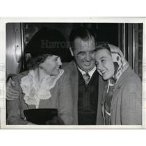 1942 Press Photo Senator & Mrs AB Happy Chandler of KY & actress daughter Mim