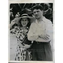 1941 Press Photo Boxer Lou Nova & wife in San Juan Puerto Rico