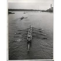 1933 Press Photo Naval Academy crew racing practice on Severn River in Maryland