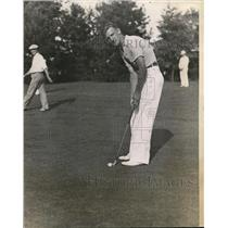 1935 Press Photo William Russell at National Public Links golf in Indianapolis