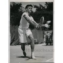1936 Press Photo Ernest Sutter Tulane U tennis star at Intercollegiate match