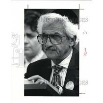 1991 Press Photo Herman Frank speaks at service for Holcaust survivors