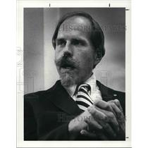 1983 Press Photo William Lentz, director of disaster service, Cleveland chapter