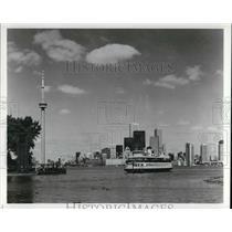 Press Photo Toronto Skyline in Canada dominated by the CN Tower - cva22853