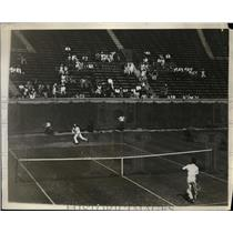 1929 Press Photo WH Bunny Austin vs Harold MacGuffin at Forest Hills NY tennis