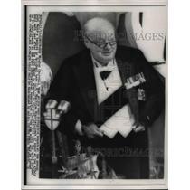 1954 Press Photo 1954 Winston Churchillduring a speech at Lord Mayor's banquet