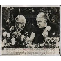 1949 Press Photo Winston Churchill talks with Henry Luce editor of Time Magazine
