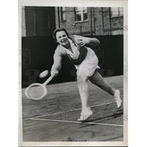 1937 Press Photo Betty Nuthall at Paddington Lawn tennis in England - nes49450