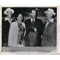 1951 Press Photo Detective Tom Daly & Chief Robert Romey of Chicago