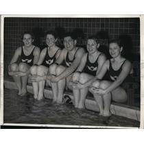 1936 Press Photo Washington Athletic Club swimmers Olive McKean,Betty Lea