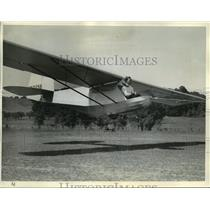 "1939 Press Photo The pilot has the ""stick"" back between his knees - mja03303"