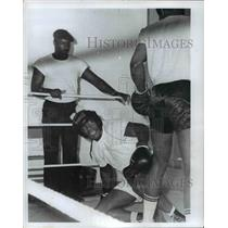 1971 Press Photo Former heavyweight champion Floyd Patterson - cvb58947