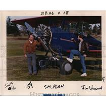 1990 Press Photo Stu Mitzel & Son Mark Stand By Restored Biplane - ora67765