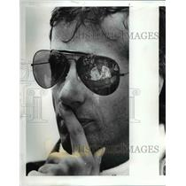 1987 Press Photo Danny Sullivan..7th Talks with his Crew - cvb64375