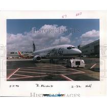 1997 Press Photo Alaska Airlines Jetliner - orb14340