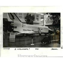 1987 Press Photo A Replica of the Space Shuttle - orb76478