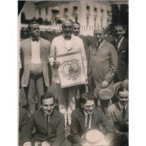 1921 Press Photo Pres Harding approves Washington's Advertising Club slogan