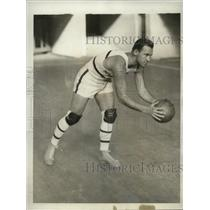 1929 Press Photo U of Pennsylvania basketball workout Mr Peterson - nes49774