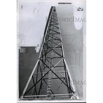 1927 Press Photo North Antenna tower of WTMJ, Mil. Journal - Radio - Transmitter