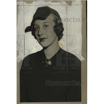1933 Press Photo Mrs. J. Carleton MacNeil models at the Milwaukee Athletic club