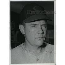 1946 Press Photo Raymond Mueller of Cincinnati Reds - cvb75264