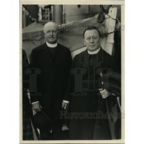 1930 Press Photo New York Rev Fr Stanislaus Gillet greeted by T.R. Malone NYC
