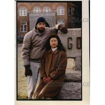 1993 Press Photo Barry Huff and his wife, Yaska, at Gonzaga where they met.