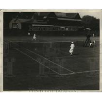 1926 Press Photo Helen Wills bests Mrs. Howland S. Davis at Seabright Tournament