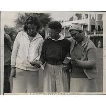 1938 Press Photo Golfers Marian McDougall, Patty Berg and Estelle Lawson Page