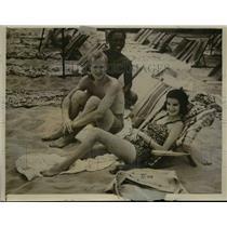 1938 Press Photo Mr & Mrs Francis Warren Pershing honeymoon in Honolulu HI