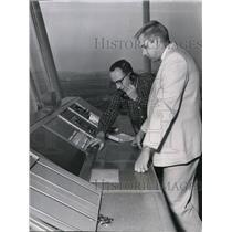 1981 Press Photo E Joseph Kilburg & James F Gilbertz of Federal Aviation Agency