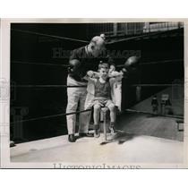 1936 Press Photo Navy boxing coach Spike Webb & child Stewart Manville