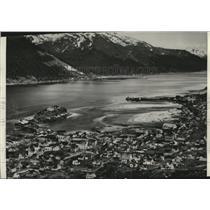 1937 Press Photo Flames Fanned by a Gale Swept Douglas Alaska - spa28200