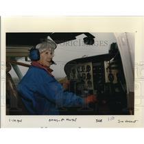 1994 Press Photo Isabel Martell Female Pilot - ora55130