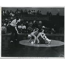 1975 Press Photo Two high school wrestlers in action in Cleveland Ohio