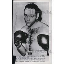 1953 Press Photo Bobo Olson boxer ready for a bout - net15441