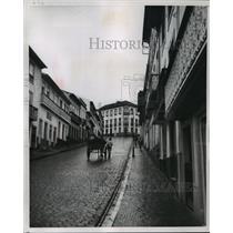 1953 Press Photo Steep climb on typical Angra street in Azores - mjx05341