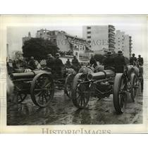 1942 Press Photo Horse drawn field artillery of the Argentine army moves down