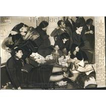 1937 Press Photo New York City Models Strike
