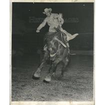 1954 Press Photo Jim Boyle Hershey Bronco Saddle Riding - RRR44897