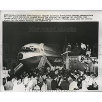 1959 Press Photo Pan American Jet Airliner Plane After Landing on Broken Gear